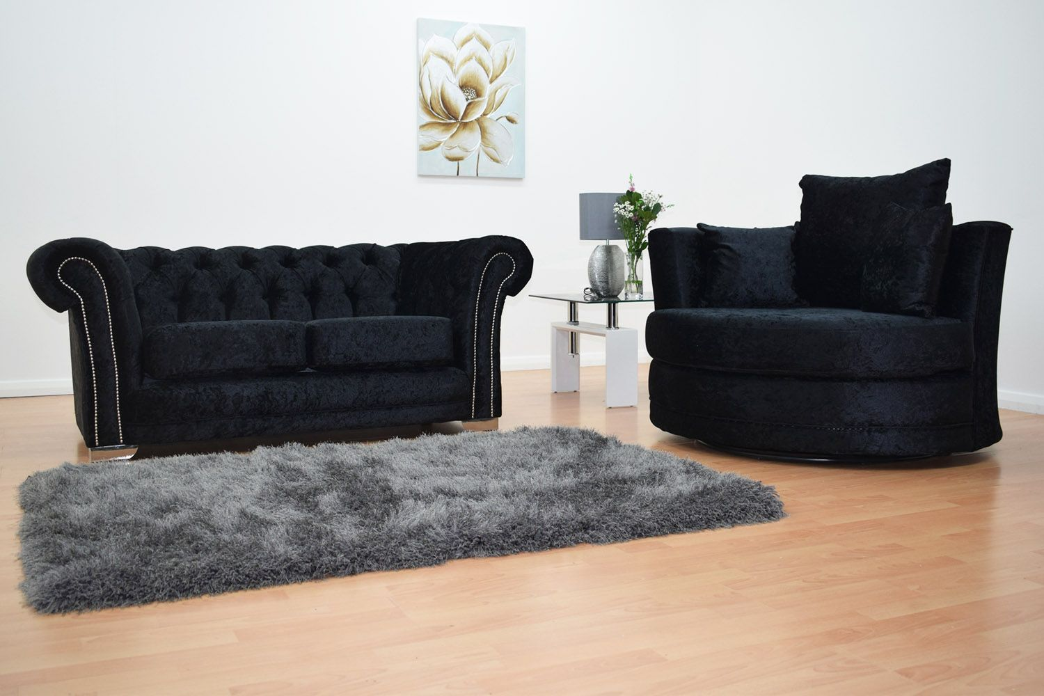 Chesterfield 2 Seater Sofa & Cuddle Chair