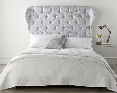 Catherine Lansfield Canterbury Grey Wing Bed Linen Tonal with Solid Feet