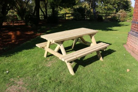 Deluxe Picnic Table 1800 Length