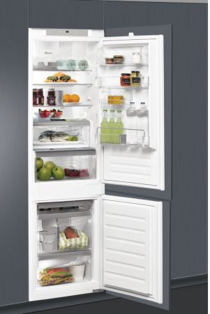 Whirlpool 70/30 Intregrated Fridge Freezer
