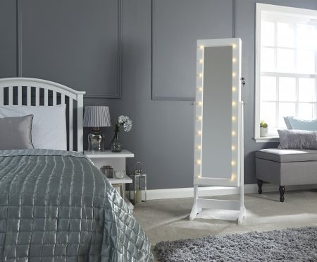 Amsar Jewellery Armoire With Led