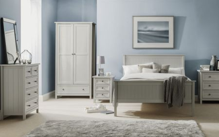 Mainti 3 Drawer Bedside Table