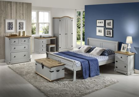 Shell Sleigh Bed