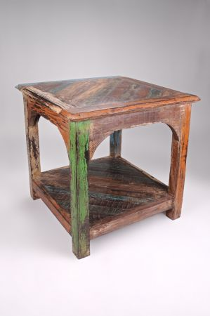 New London Lamp Side End Table