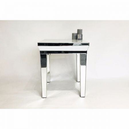 Mirrored End Lamp-Side Tables With Super White Glass