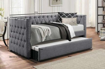 London Chesterfield Velvet and Fabric Day Bed