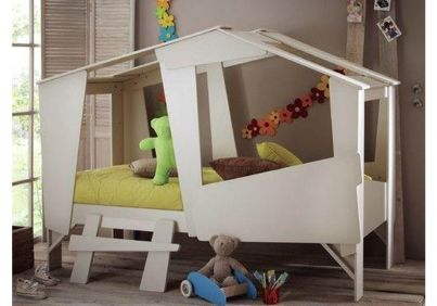 Adventure Treehouse Bed