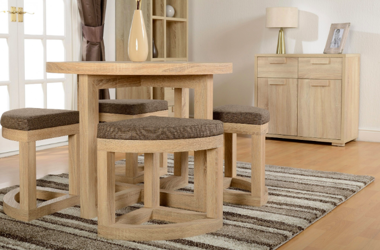 Festive Furniture: How To Accommodate The Whole Family